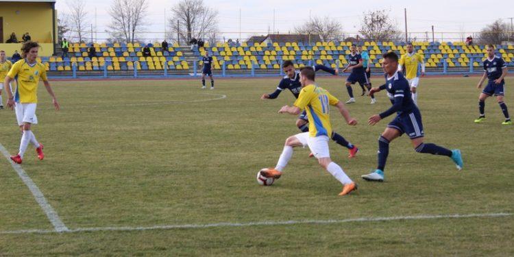 Oba rivala su pokazala da su fizički spremni za nastavak prvenstva | Foto: Vlastimir Jankov