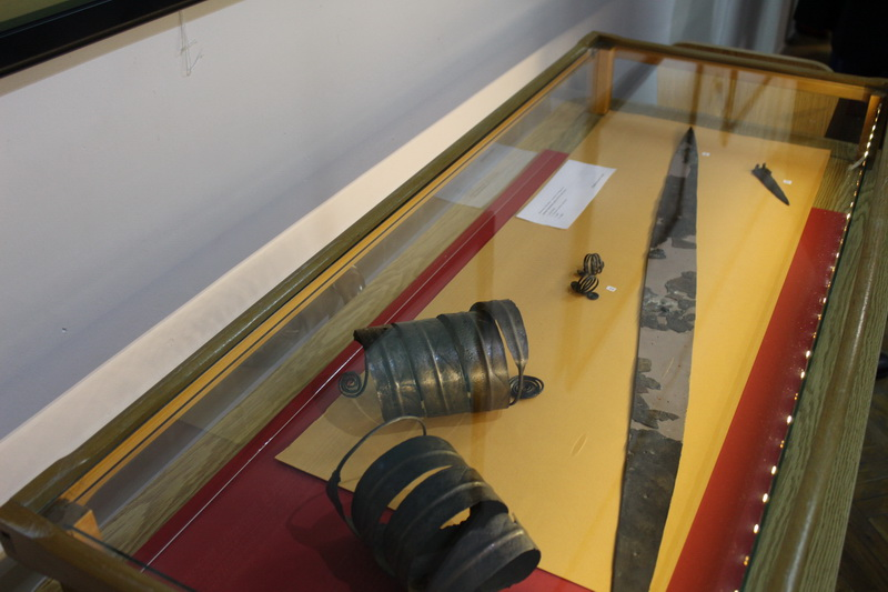 Nanogvica i mač u vitrini | Foto: Vlastimir Jankov | Foto: Vlastimir Jankov