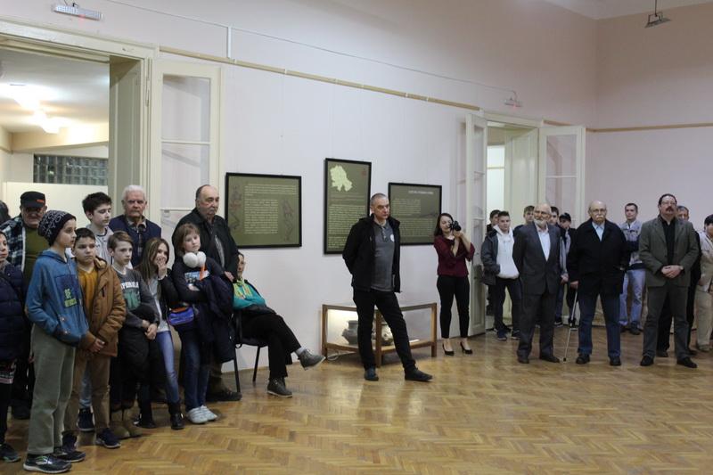 "Zapaženo interesovanje Bečejaca za arheološku izložbu ""Ritam spirale"" | Foto: Vlastimir Jankov"