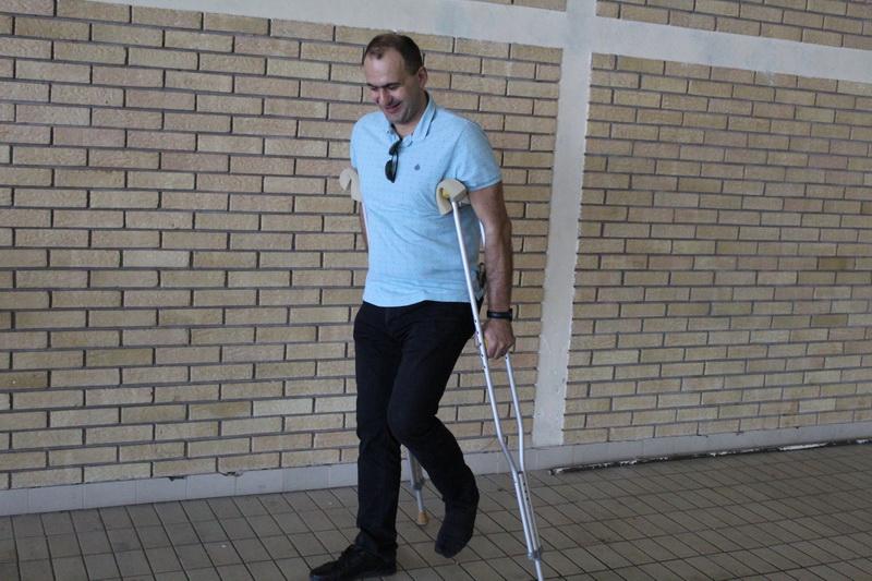 Zbog povrede nije igrao Grujica Medić, ali je bodrio saigrače sa ivice bazena | Foto: Vlastimir Jankov