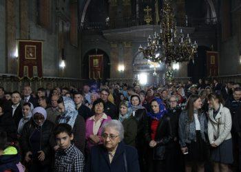 Bečejski hram bio je prepun na Svetoj vaskršnjoj liturgiji