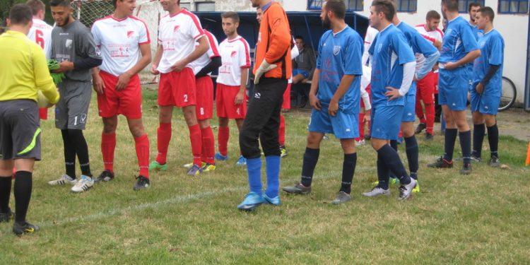 Opštinski rivali jesenas pre utakmice u Radičeviću