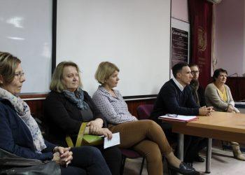 Profesori dve škole na pres konferenciji u bečejskoj Gimnaziji | Foto: Vlastimir Jankov