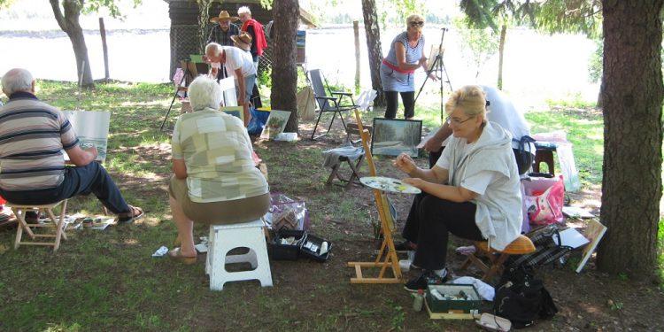 Bečejski slikari amateri su aktivni tokom čitave godine   V. Jankov