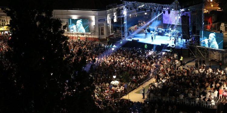 Sa trećeg festivala u centru Bečeja koji finansiraju privrednici