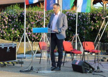 Pokrajinski sekretar za omladinu i sport Vladimir Batez svečano je otvorio 12. SORV | Foto: Vlastimir Jankov