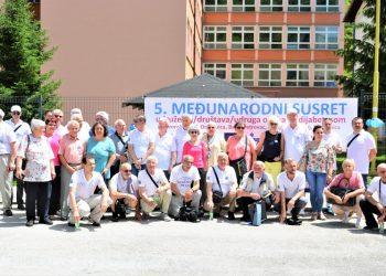 Učesnici Petog susreta rekreativaca dijabetičara u Srebrenici
