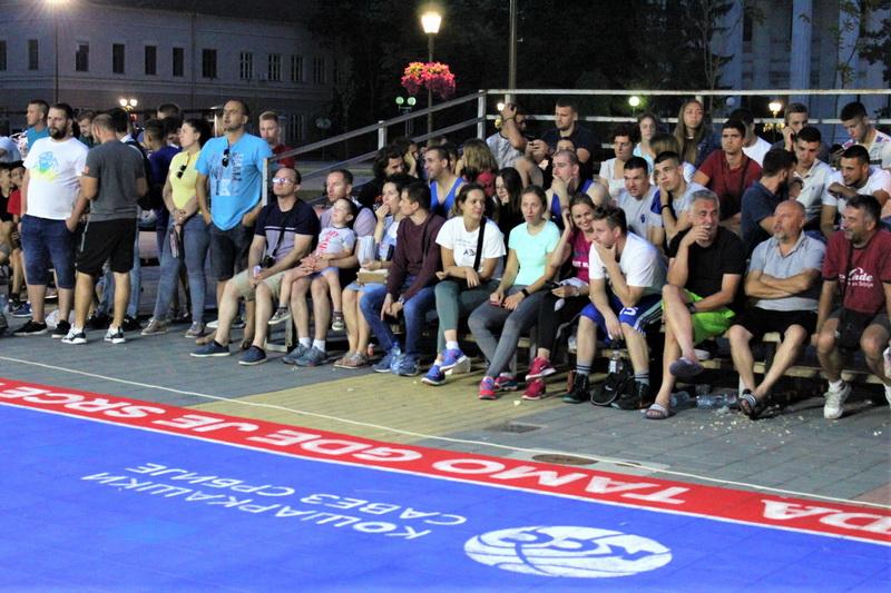 Bečejci su se pokazali kao zahvalna publika | Foto: Vlastimir Jankov