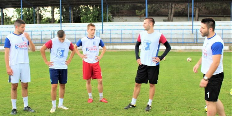 Trener Voše Lazar Dabižljević zadovljan kako igrači podnose pripreme | Foto: Vlastimir Jankov