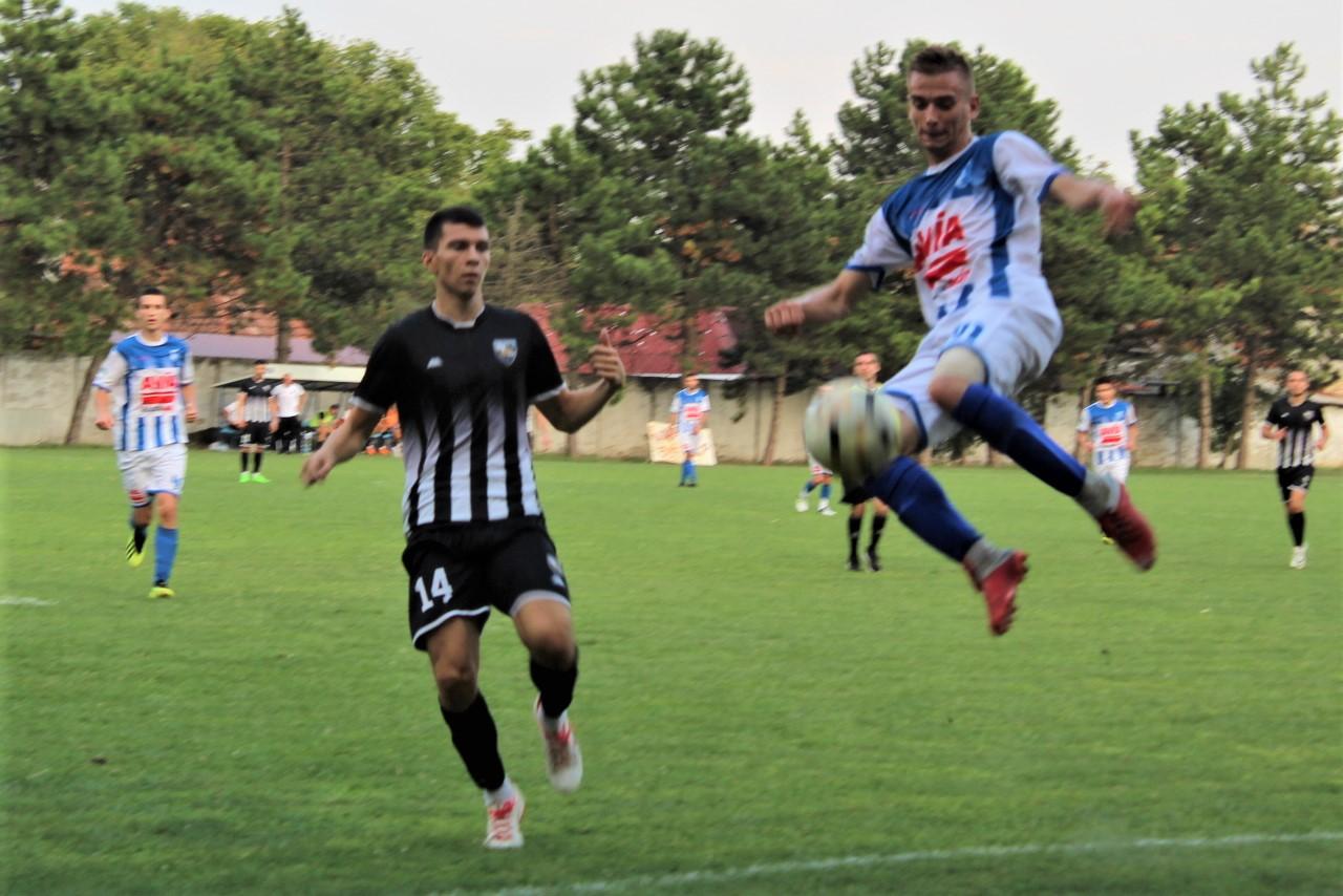 Mladi Zoran Stefanov u atraktivnoj akciji