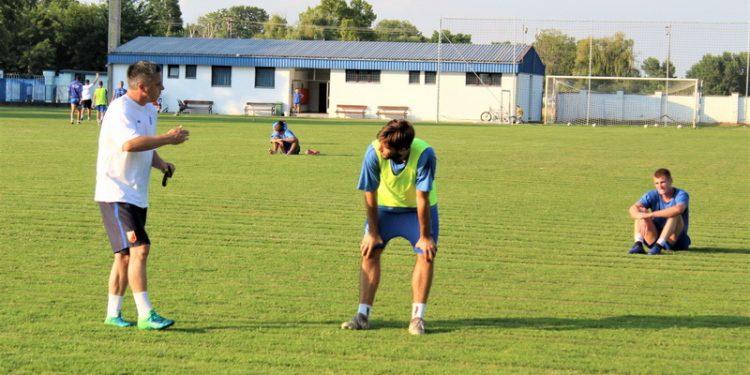 Bivši golgeter trener Milan Belić ima šta da naučio Miloša Zličića | Foto: Vlastimir Jankov