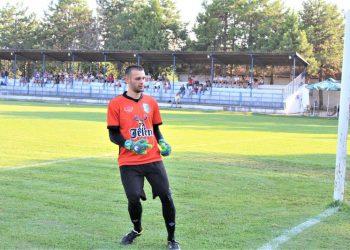 Isidor Milovanov se vraća između stativa Bačkogradištanaca | Foto: Vlastimir Jankov