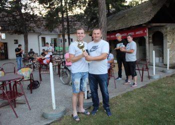 Kapiten Njegoša iz Lovćenca primio je pobednički pehar