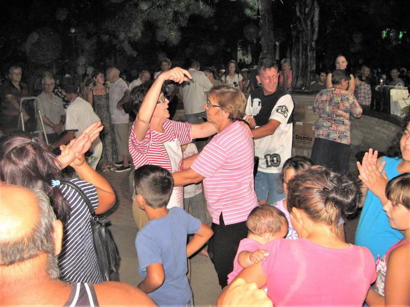 Proslava Sent Ištvana tradicionalno okuplja veliki broj posetilaca | Foto: Vlastimir Jankov