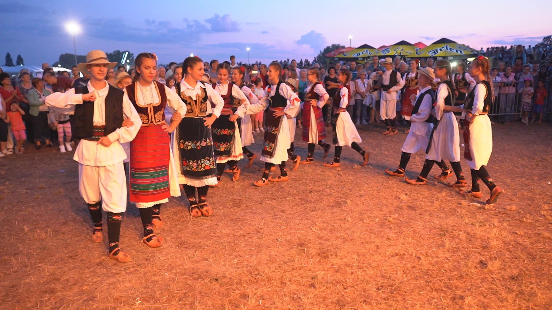 Nastupi folklornih ansambala su uvek zapaženi