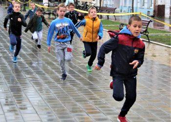Dečije trke zbog kiše nisu bile masovne, ali su održane