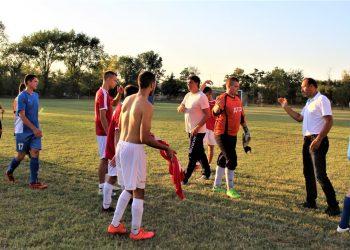Na kraju međusobne utakmice Jedinstva i Mladosti