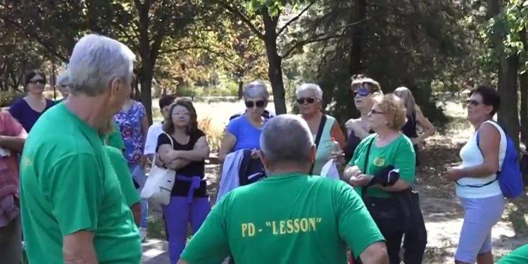 Sa jedne od ranijih organizovanih pešačkih okupljanja