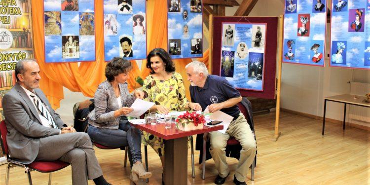 Učesnici lepe književne večeri u bečejskoj biblioteci