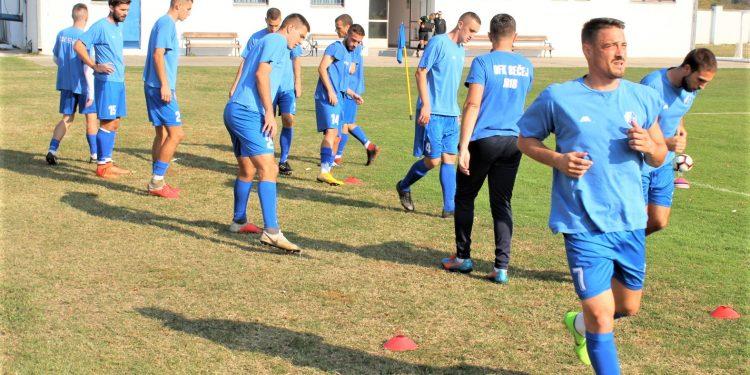 Petar Ilić u prvom planu polako se vraća u formu