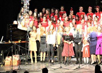 Na kraju su svi zajedno pevali