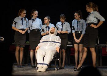 "Predstava ""Policajci"" | Foto: Klaudija Nemet"