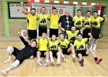 Pobednici novobečejskog turnira Lajkini asovi iz Bečeja