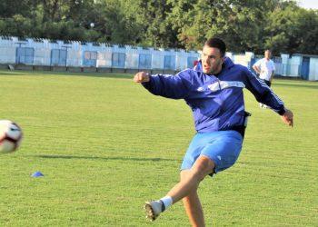 Svakodnevnim treningom Ilija Erdeljan priželjkuje golove