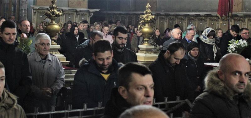 Svetoj božićnoj liturgiji prisustvovao je veliki broj vernika