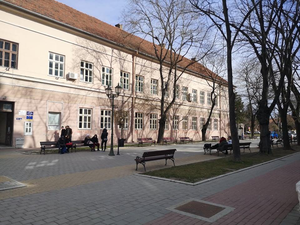 Počela škola i u Bečeju
