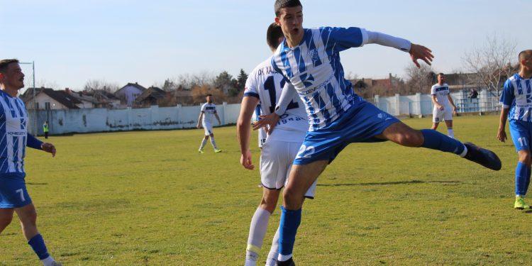 Najmlađi na terenu Milan Stanić u akciji