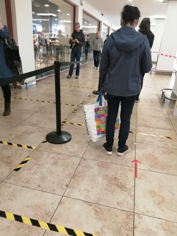 U supermarketima se poštuje rastojanje