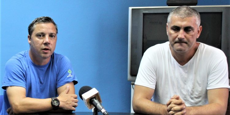 Šef stručnog štaba Bečejaca Milan Bečić i sportski direktor Miloš Andrić