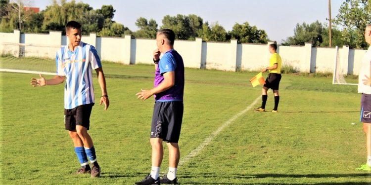 Blic dogovor Nebojše Pavlovića i trenera Milana Jelića