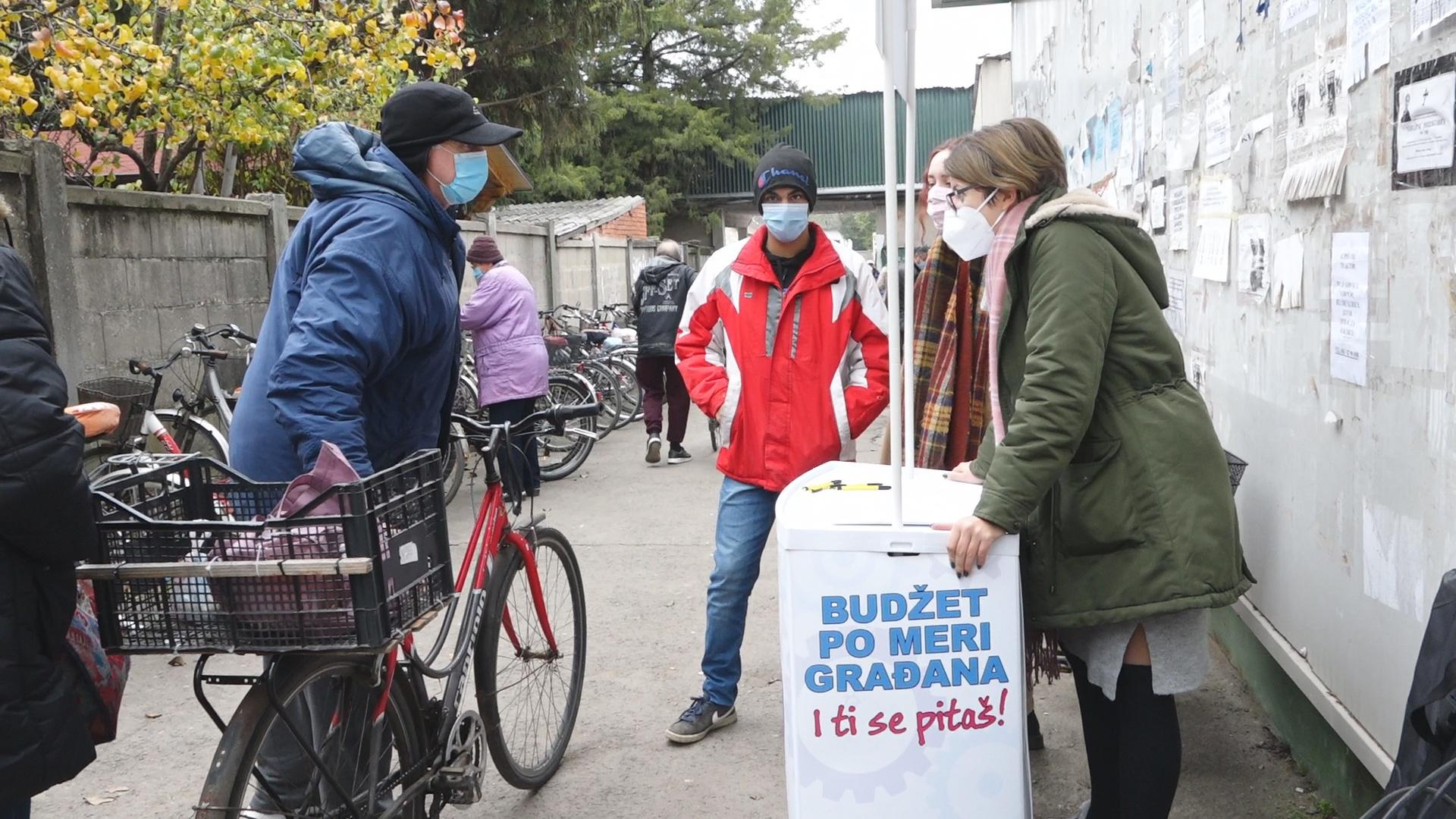 Članovi BUM-a anketirali su građane na Gradskoj pijaci