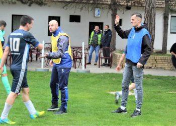 Bratislav Jelić je minule nedelje samo bodrio saigrače, a sada će igrati