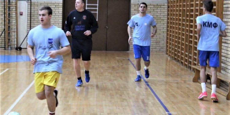 Zoran Arđeljan u prvom planu postigao je pobedinosni gol u Gornjem Milanovcu