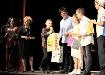 Najuspešniji Pavle Zeremski s nagradom u prisustvu, takođe, nagrađenih i direktorke Tamare Krajtmar i njene zamenice Senke Jovanović
