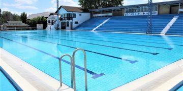 Olimpijski bazen u Bečeju