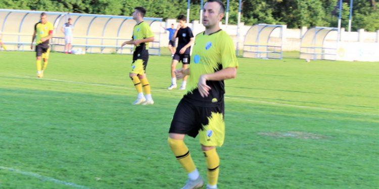 Miloš Savanović se dobro snašu u dresu Bečejaca