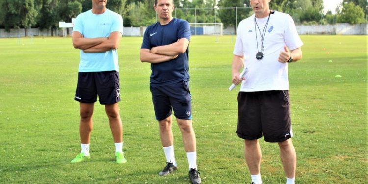 Slavljenik Branko Savić sa saradnicima Daliborom Novčićem i Milošem Andrićem