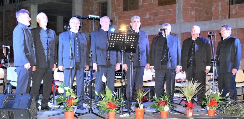 Pevačka grupa Botra ove godine slavi deceniju rada