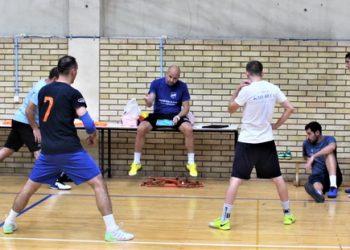 Dogovor kuću gradi: Trener Igor Šošo sa igračima pre početka treninga