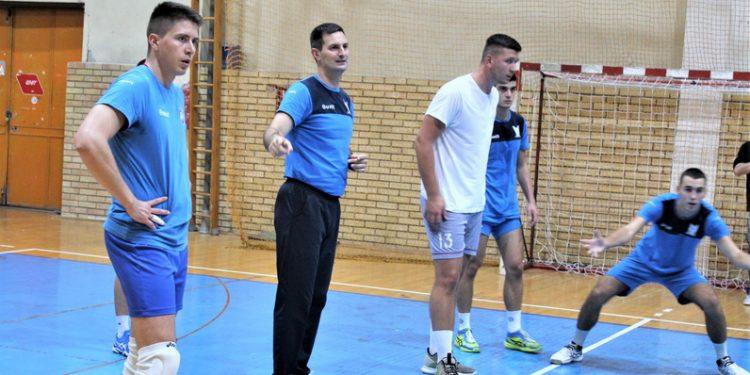 Trener Bečejaca Milivoje Radisavljević zadovoljan je angažovanjem igrača na treningu