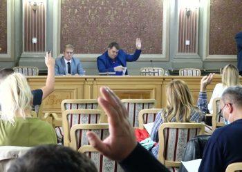 Snimak sa 14. sednice Skupštine opštine Bečej