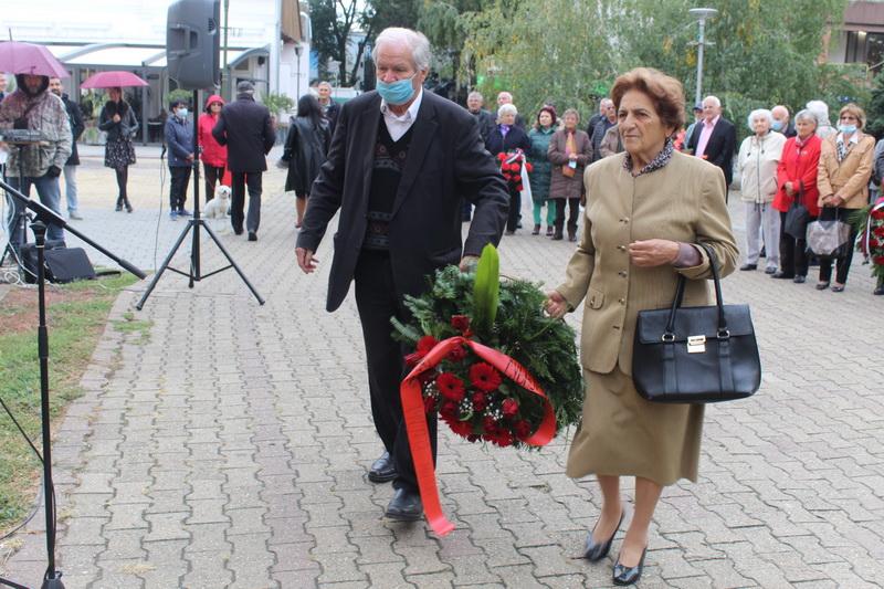 Delegacija OO SUBNOR polaže venac na spomen obeležje